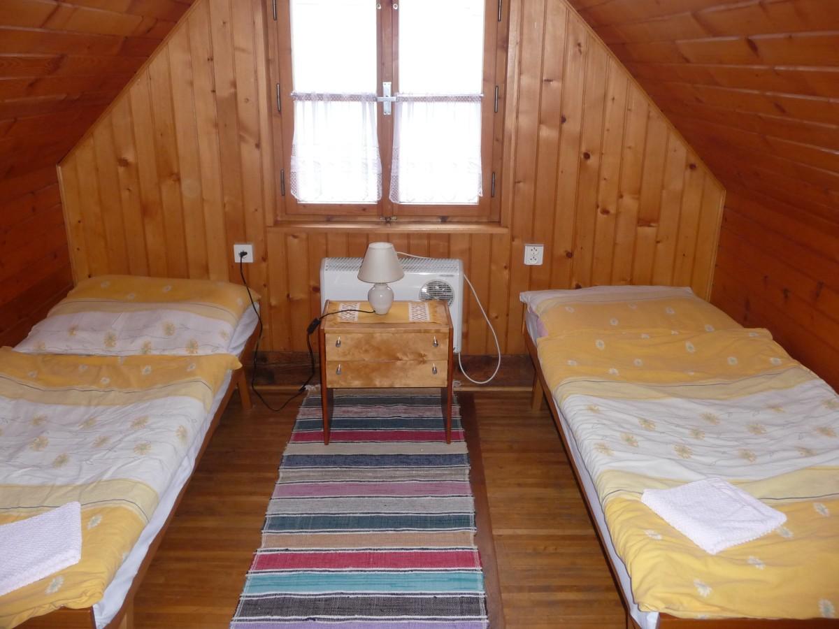 Podkrovná izba 2