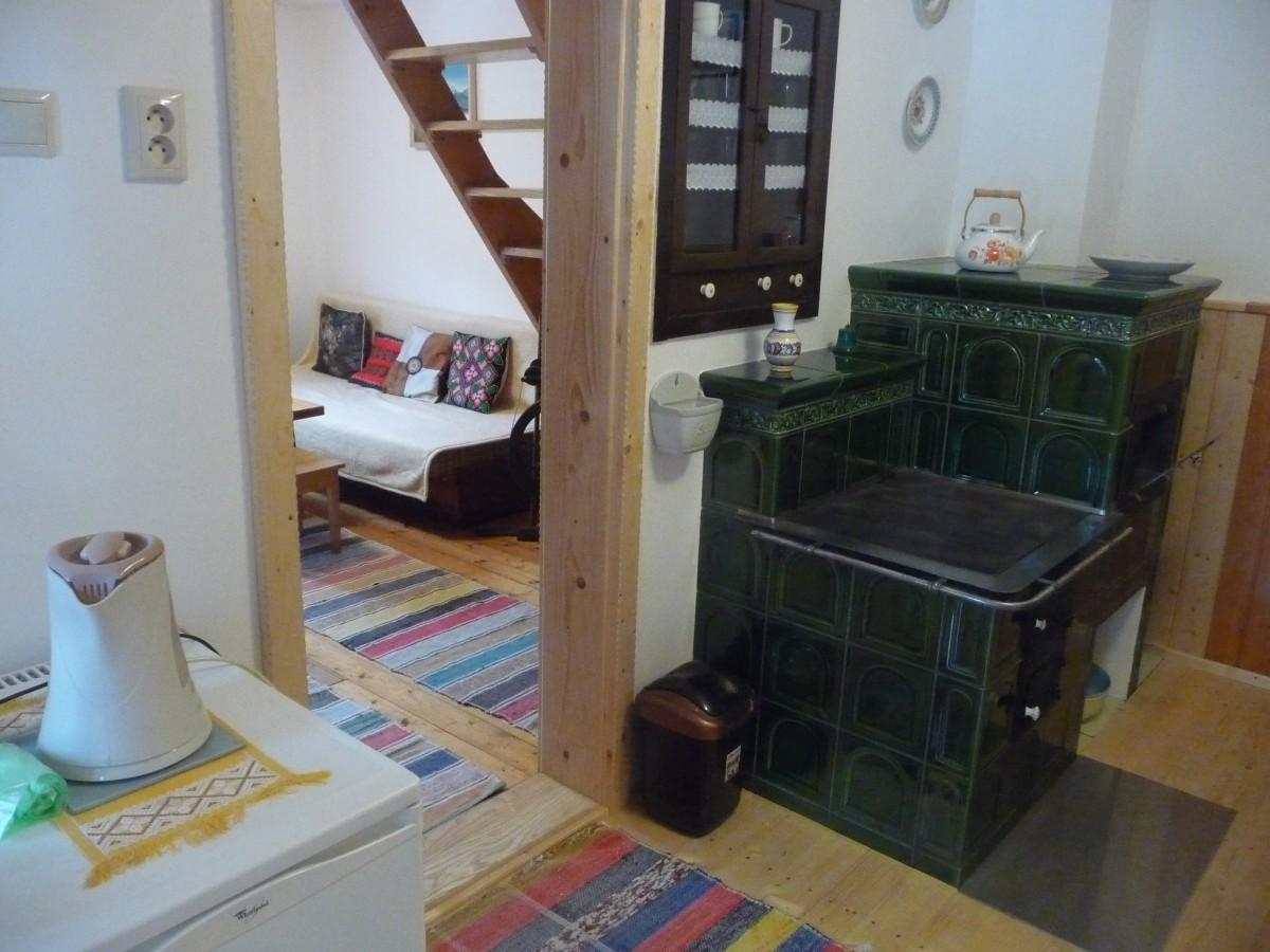 Pohľad z kuchyne do obývačky
